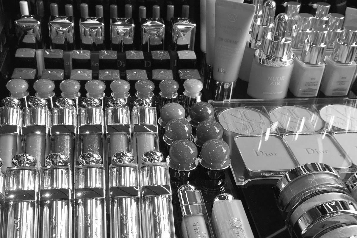 高島屋 化粧品 韓国製 フランス製 誤表記 製造国偽装